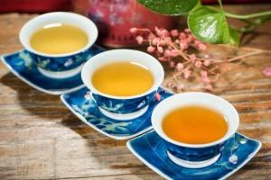 女子痴迷神茶得病身亡咽气前还要喝两口神茶适宜所有人么