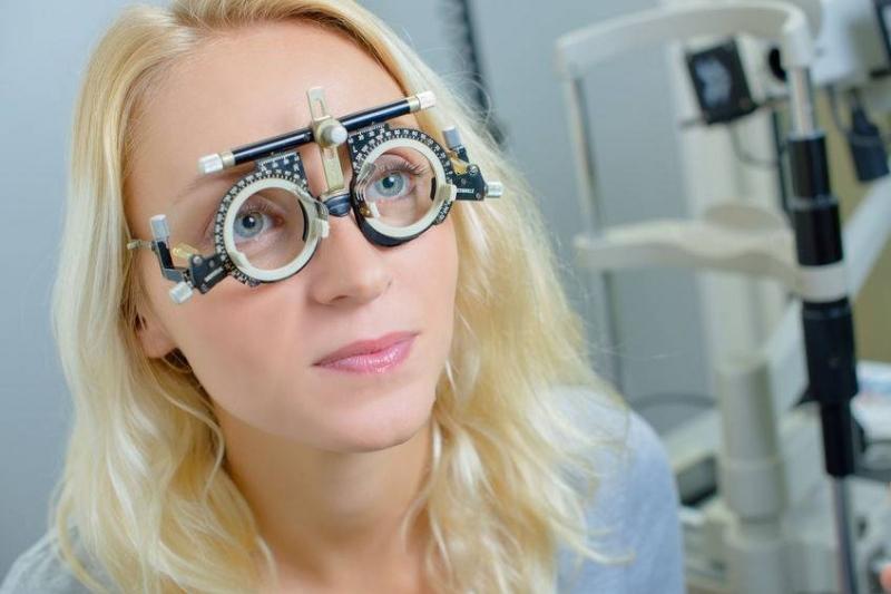 眼睛为什么越来越近视近视加深多与5个因素有关