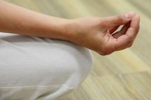 手指头肿胀痛是什么原因手指肿胀怎么护理